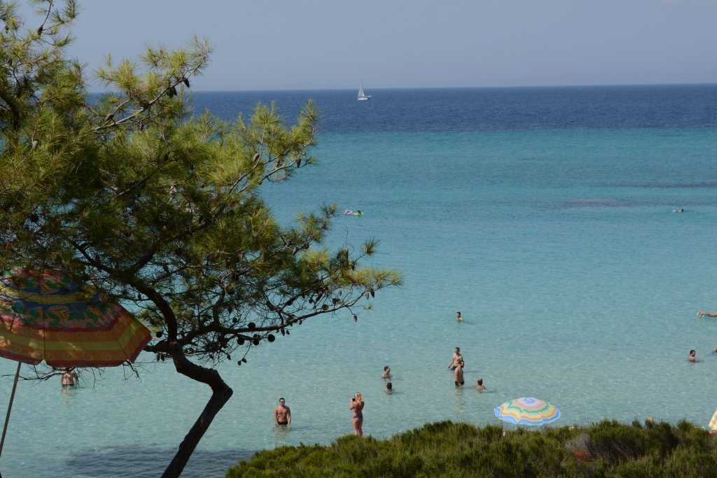 Kavourotripes (Orange beach - Portokali beach)