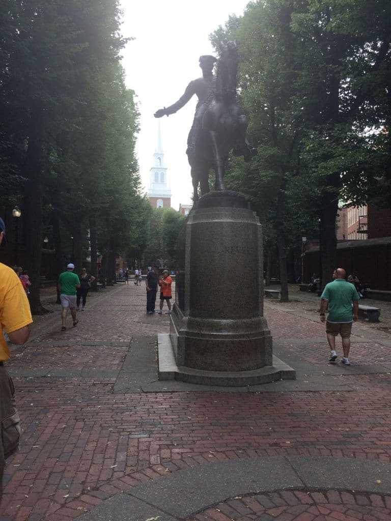 Old North Church & Paul Revere Heykeli