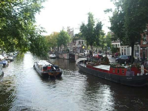 Amsterdam - Yüzen ev