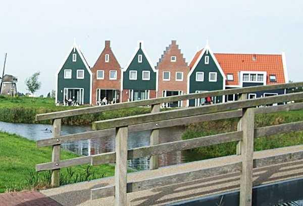 Volendam - Hotel Marinapark çevresi