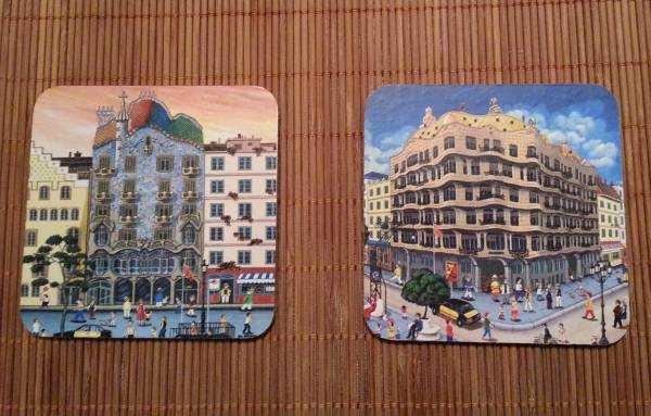 Casa Batlló ve Casa Mila bardak altlıklarım...