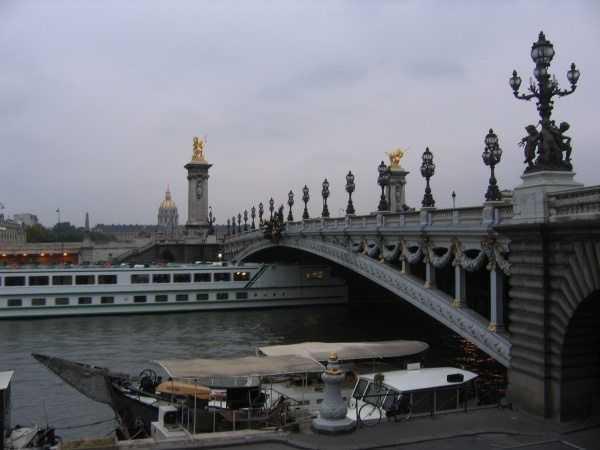 III. Alexander Köprüsü
