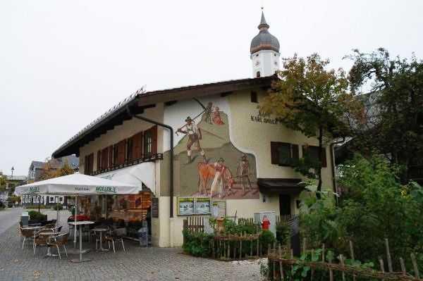 Garmish bölgesi - Duvarı resimli evlerden biri