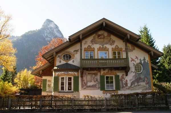 Oberammergau - Rotkappchen Evi (Kırmızı Başlıklı Kız Evi)