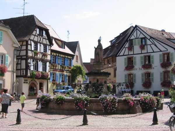 Saint-Leon Meydanı - Eguisheim