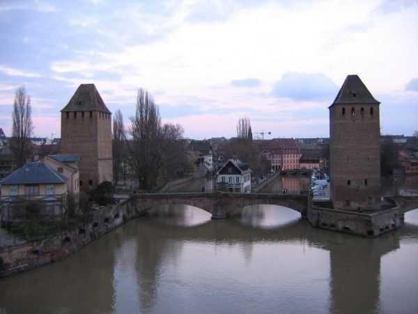 Ponts Couvert Köprüsü - Strasbourg