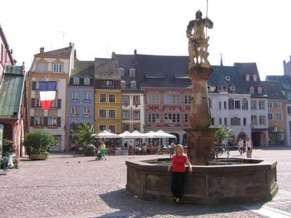 Place de la Reunion Meydanı - Mulhouse