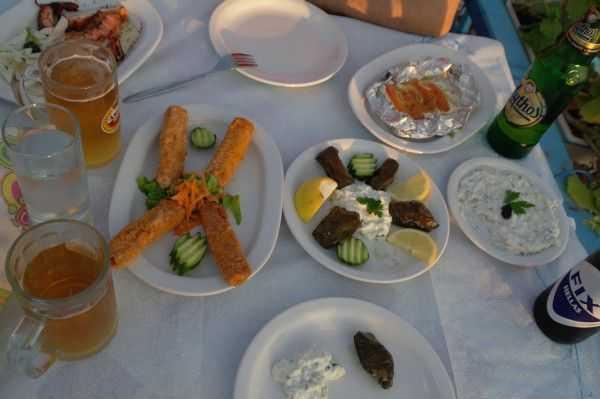 Potos'da Yunan yemekleri keyfi