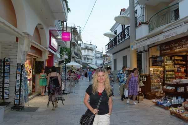 Thassos Limenas Çarşı