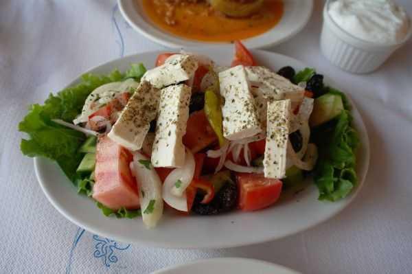 Pefkari Akti Restoran yemekleri