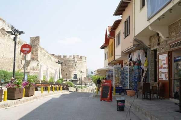 Selanik Kalesi ve hediyelik eşya dükkanları