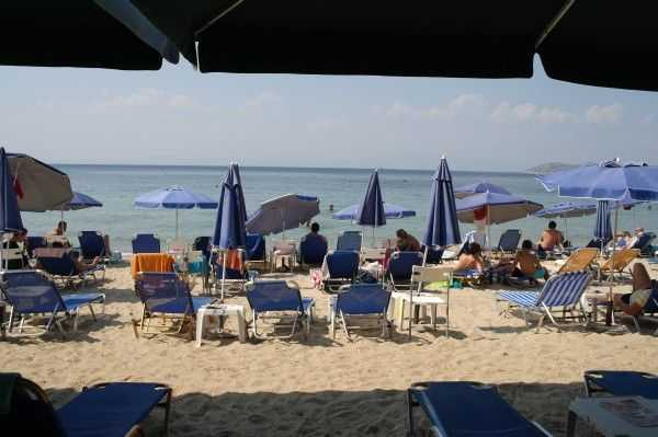 Limenas Plajı - Stratos Restoranı tesisleri