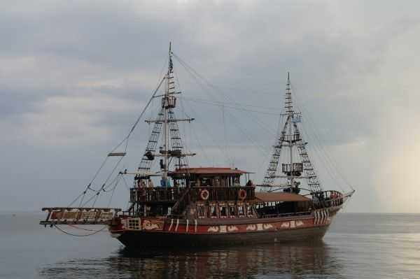 Selanik tekne gezileri