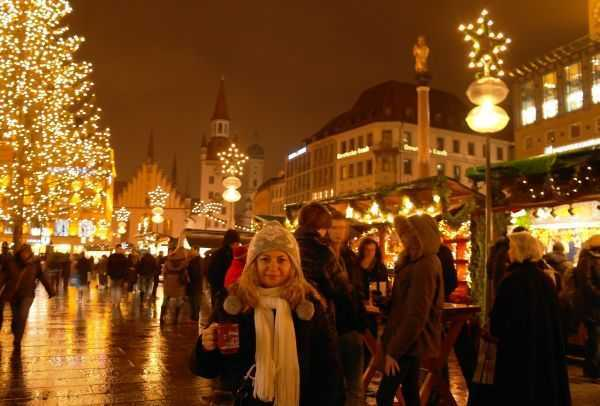 Marienplatz gece vakti