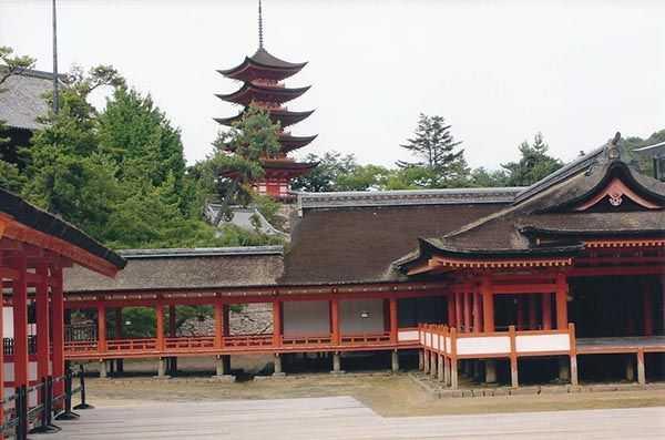 Miyajima Itsukushima tapınağı