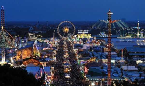 Oktoberfest festival alanının tepeden görünüşü -  © paulaner.com