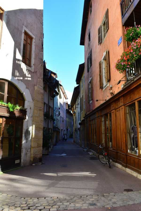 Annecy Dar Sokaklar...