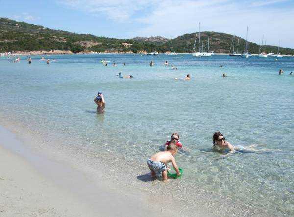 Korsika la rondinera