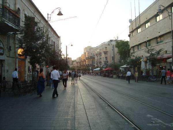 Jerusalem Hostel'in olduğu ana cadde