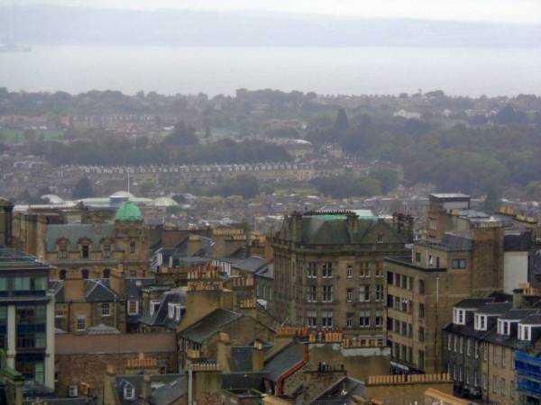 Kaleden Edinburgh manzarası