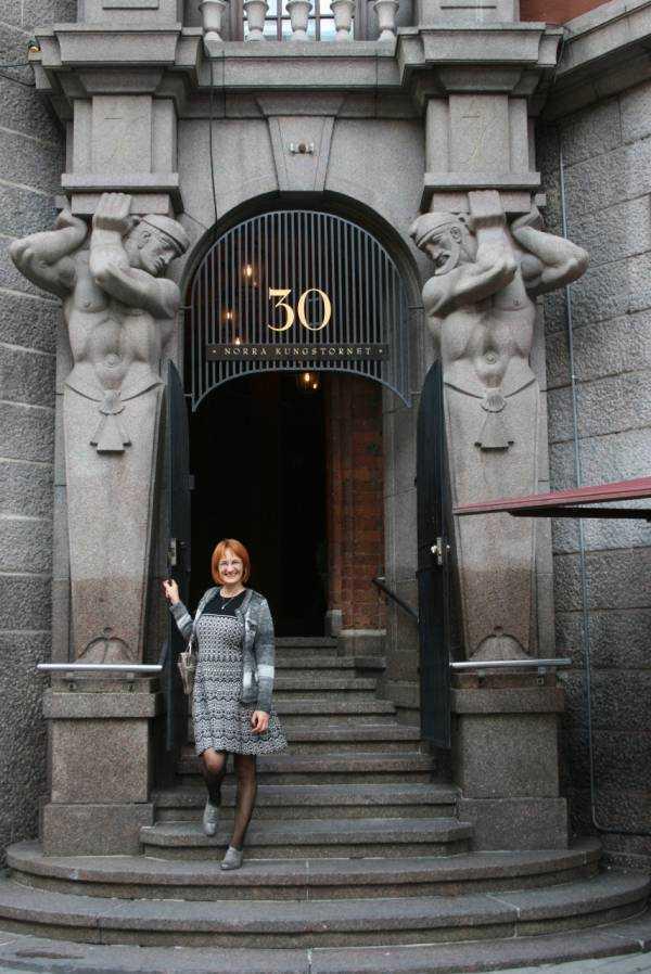 Otel yolundaki bina… Norra Kungstornet...