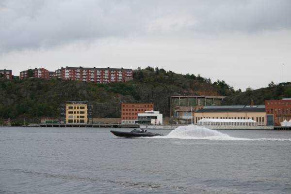 Djurgården yanlışlıkla saptığımız nehir kıyısı…