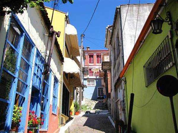 Agiassos Sokakları