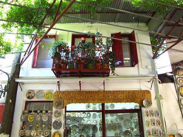 Agiassos'da Alış-veriş
