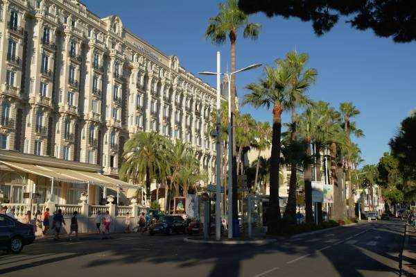 InterContinental Carlton Cannes tüm ihtişamıyla...