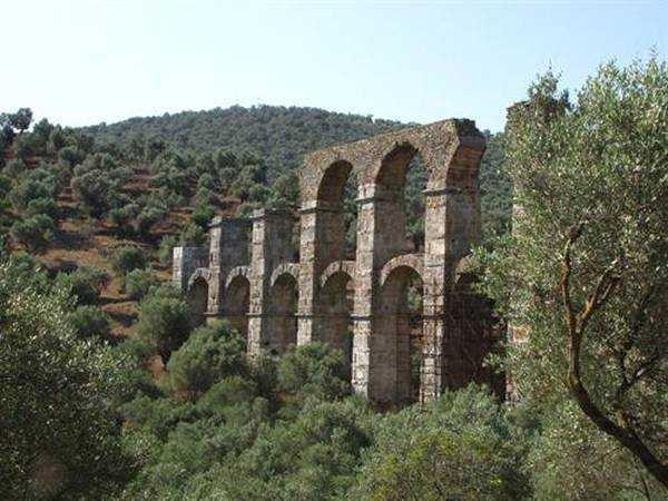Roma Su Kemerleri