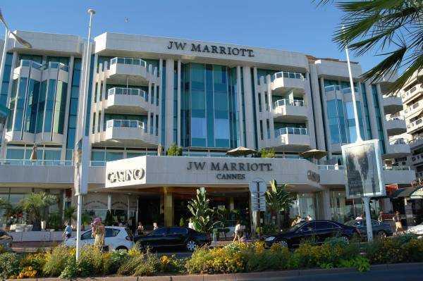 JW Mariotte Hotel