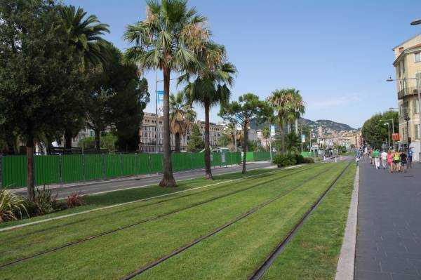 Nice - Massena Meydanına doğru yürürken...
