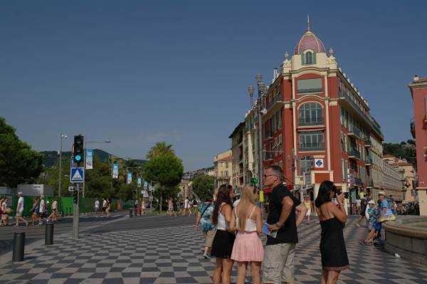 Place Massena'ya gelirken...