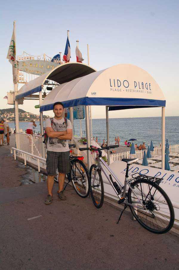 Lido Plajı - Promenade des Anglais