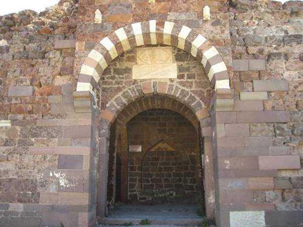 Sigri Osmanlı Kale Girişi