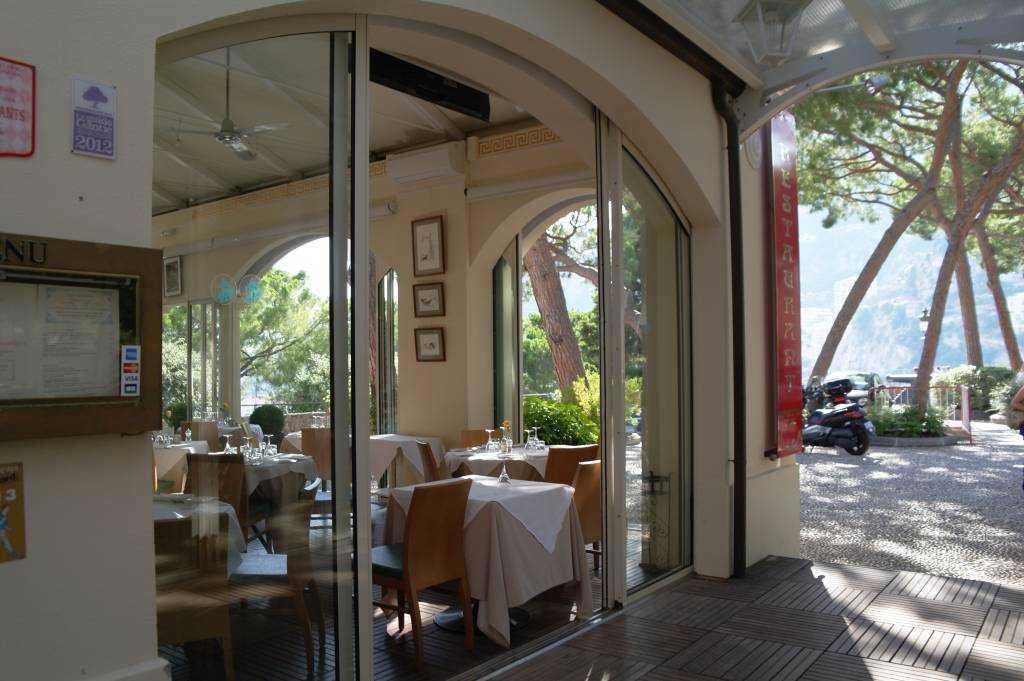 CastelRoc  Restoranı