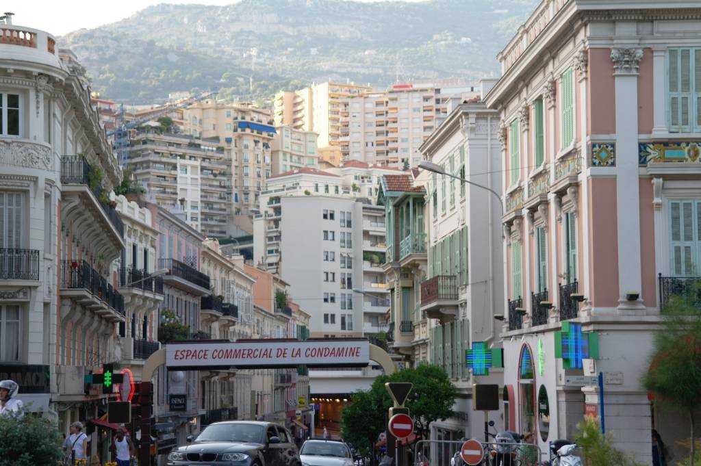 Rue Grimaldi  alışveriş caddesi