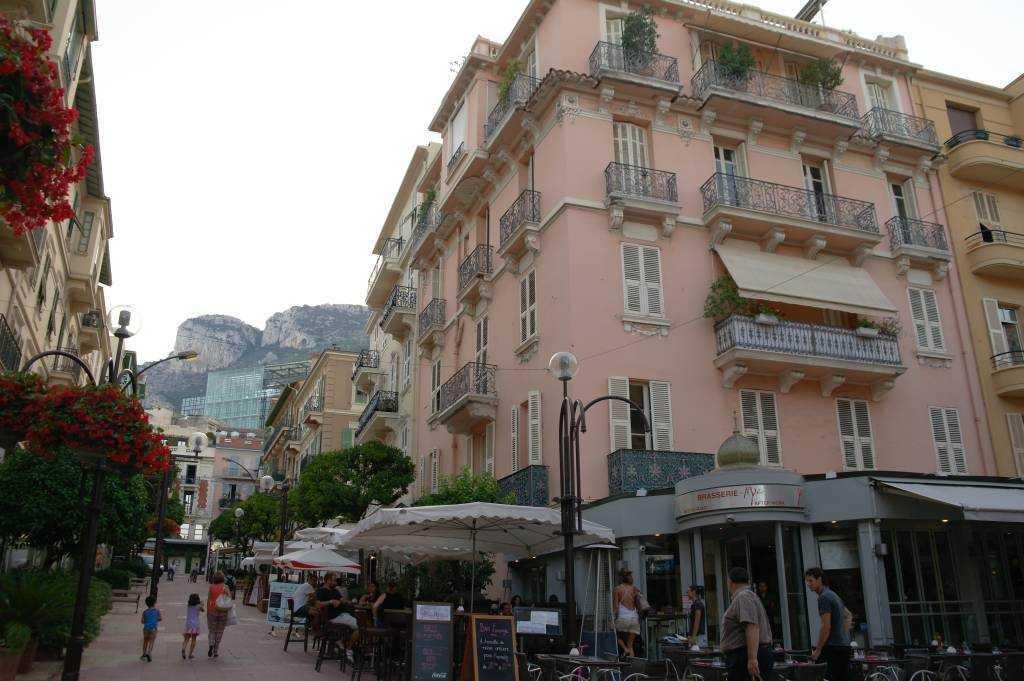 Monako - La Condamine sokaklarında...