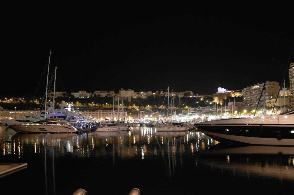Port Hercule gece manzarası