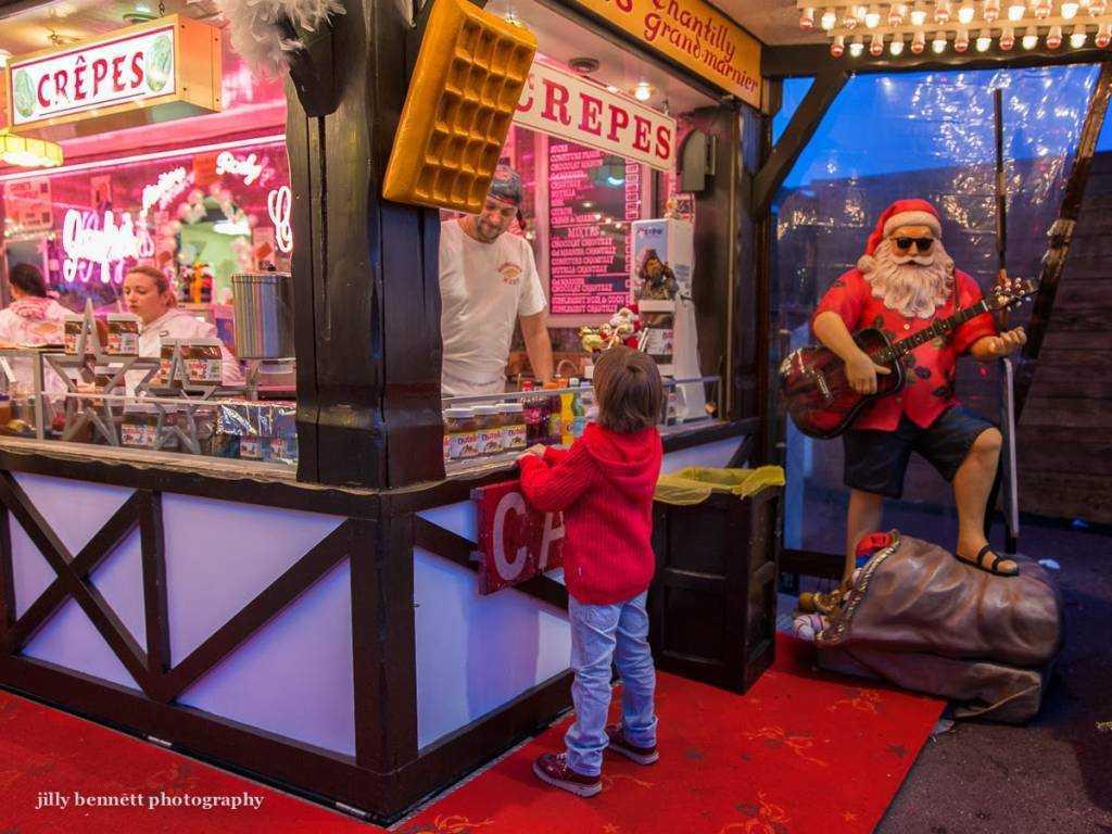 Port Hercule Noel Marketleri ©  Jilly Bennet - montecarlodailyphoto.com