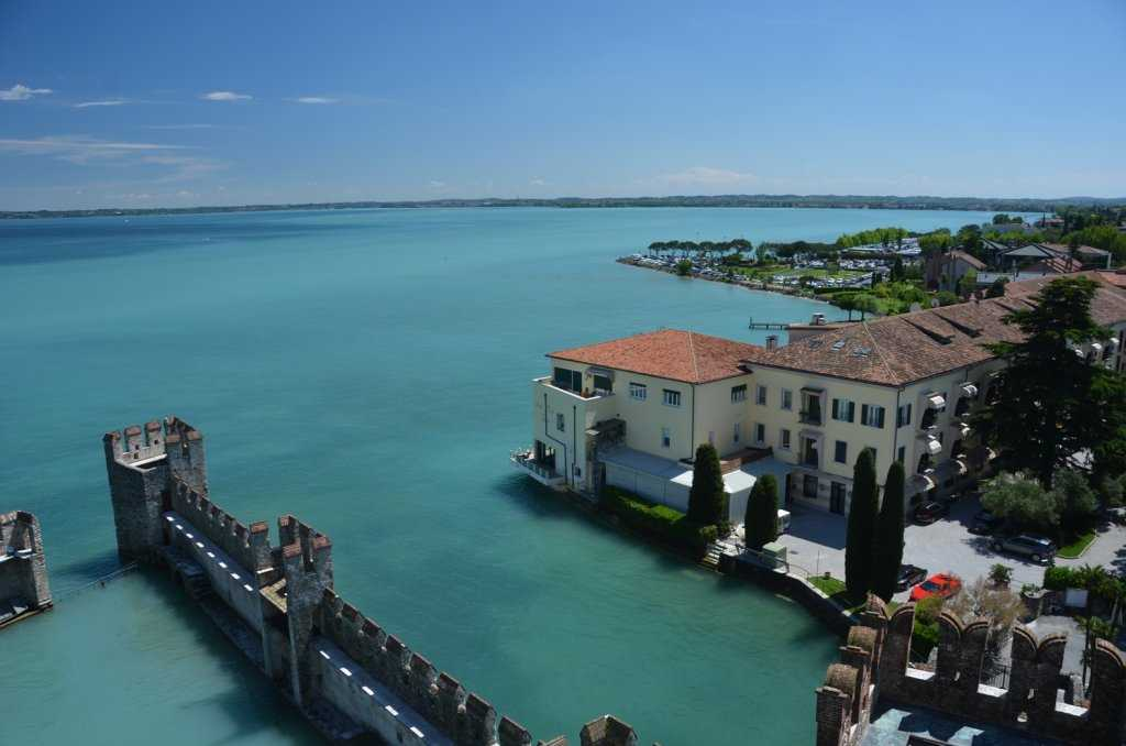 İtalya'nın en büyük gölü Lago di Garda – Sirmione Kasabası…
