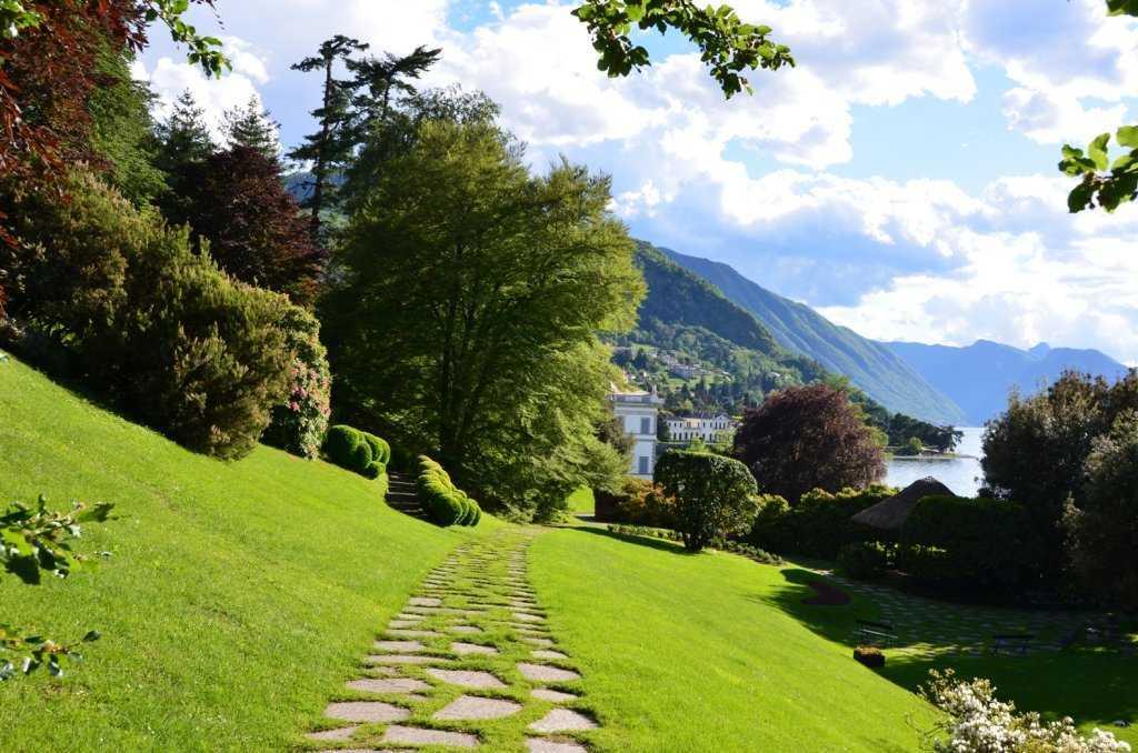 İtalya'nın üçüncü büyük gölü olan Como Gölü - Giardini diVilla Melzi – Bellagio - Lago di Como…