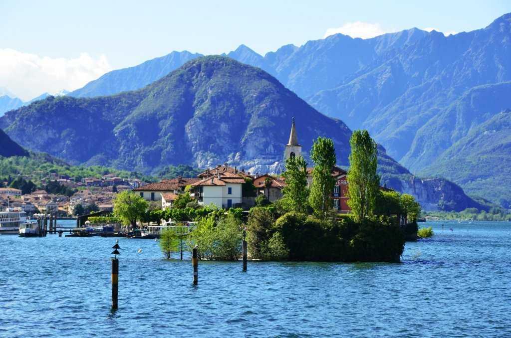 Scoglio della Malghera - Stresa – Maggiore Gölü…
