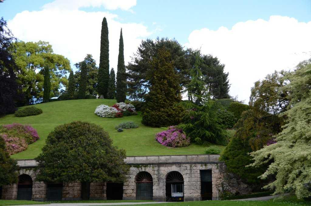 Como Gölünün ilk İngiliz tarzı bahçesi - I Giardini di Villa Melzi – Bellagio – Como Gölü…