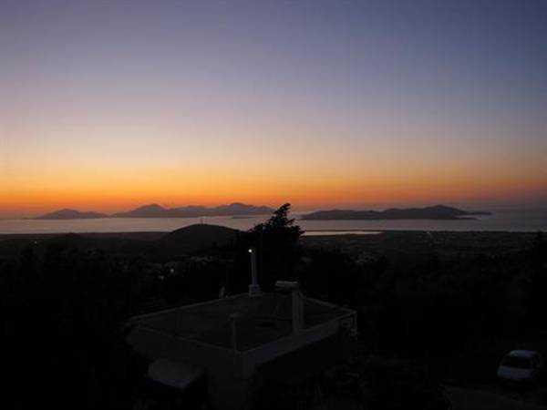Zia Tepesi'nden güneşin batışı...