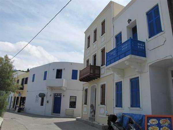 Mandraki sokakları ve evleri