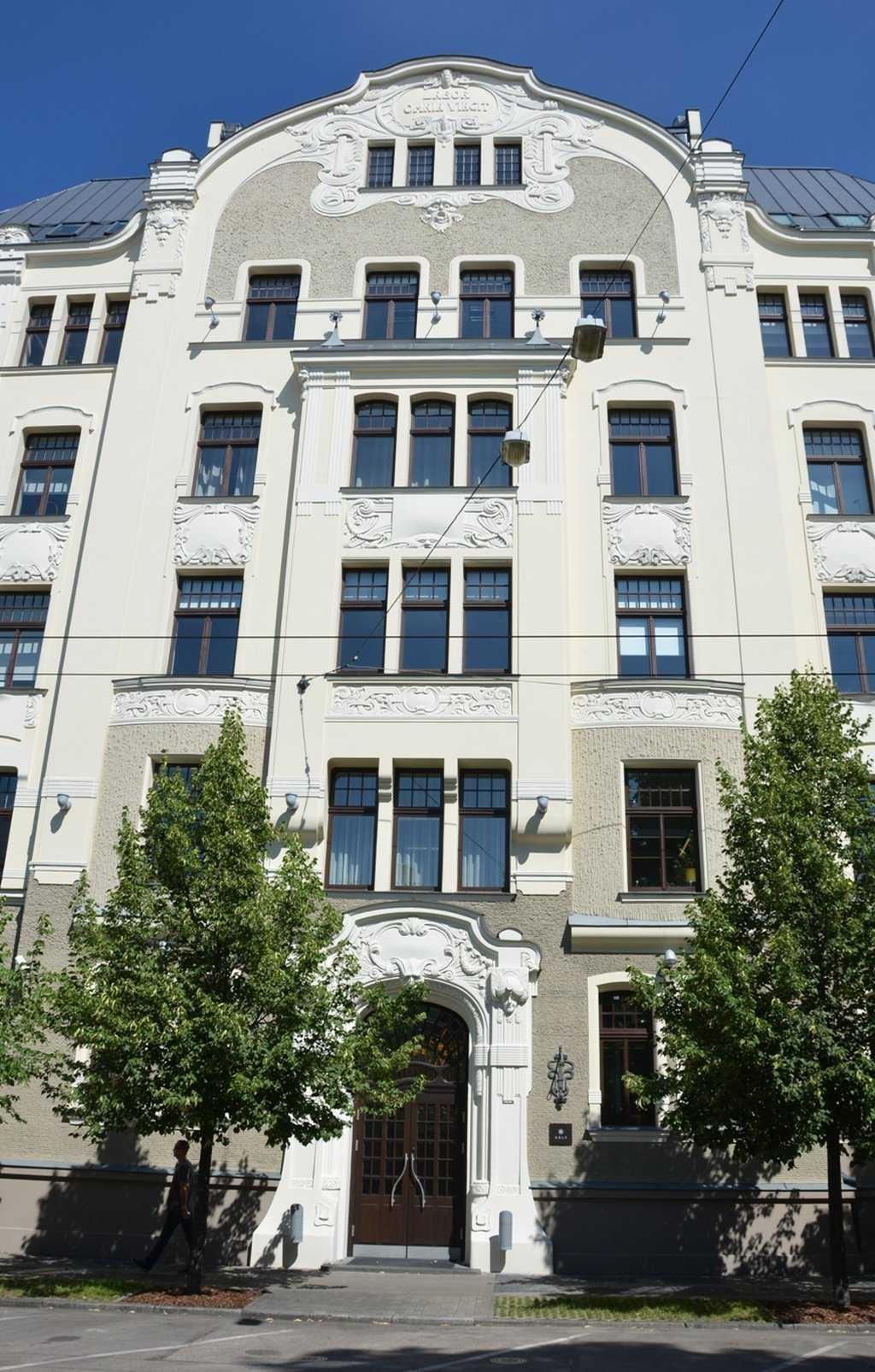 Elizabetes iela 23 adresindeki Art Nouveau yapı. 1903, Mimar Hermanis Hilbigs…