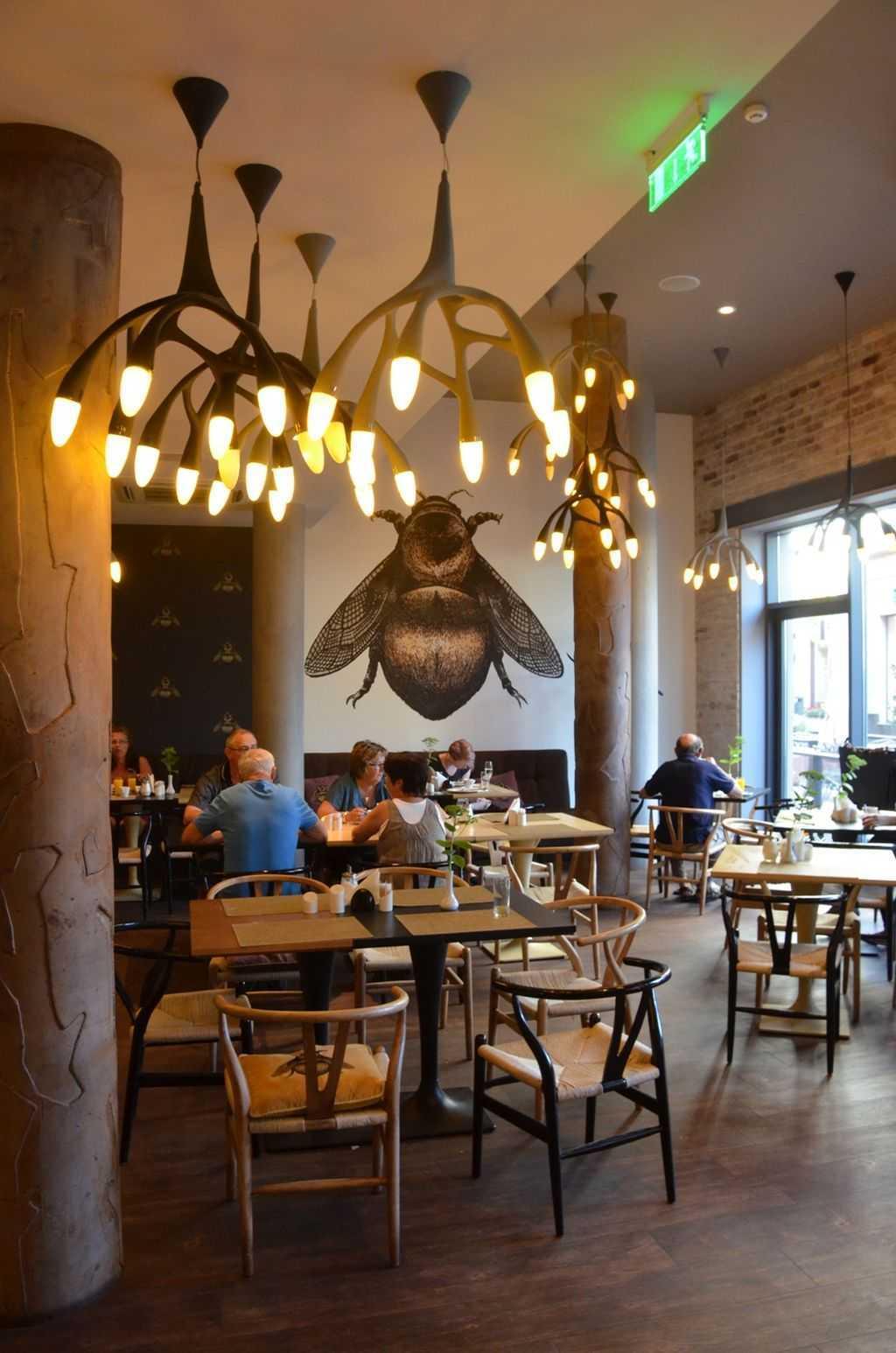 Wellton Centrum Hotel & SPA Otelinin kahvaltı salonu…