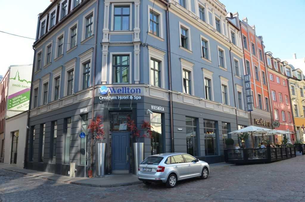 Wellton Centrum Hotel & SPA Oteli ve kiralık arabamız… Kaleju street, 33…
