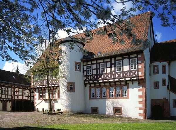 Grimm_Museum_Steinau_klein_02